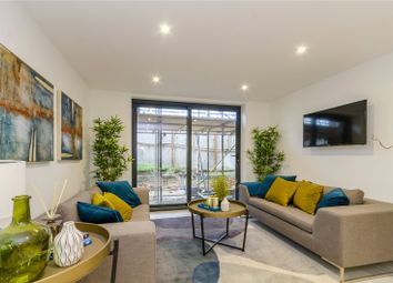 Thumbnail 2 bed flat for sale in Leigh Road, Havant, Hampshire
