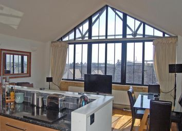 2 bed property to rent in Port House, 5 Burrells Wharf Square, London E14