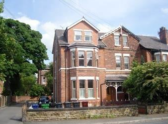 Thumbnail 2 bed flat to rent in Claremont Grove, Manchester