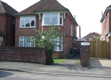 2 bed flat to rent in Wilton Crescent, Shirley, Southampton SO15