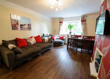 Thumbnail Flat to rent in Burnbrae Close, London