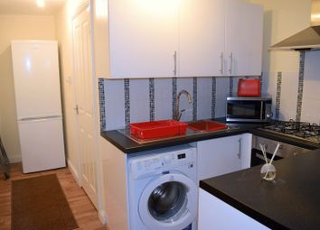 Thumbnail 1 bed flat to rent in Station Road, West Drayton