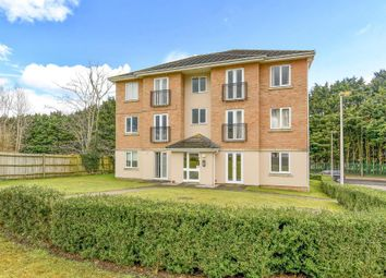 Thumbnail 2 bed flat for sale in Tarn Howes Close, Thatcham