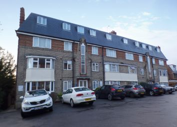Thumbnail 2 bedroom flat for sale in Oakleigh Court, East Barnet