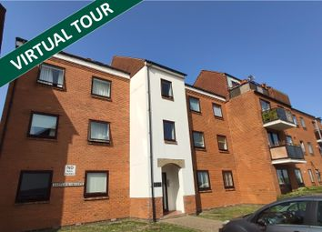 Horse Sands Close, Southsea PO4. 2 bed flat