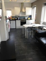 Thumbnail 3 bed flat to rent in Redcliff Street, Redcliffe, Bristol