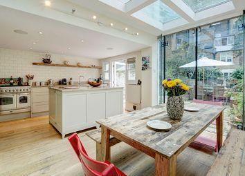 Thumbnail 3 bed maisonette for sale in Tachbrook Street, Pimlico