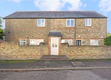 Thumbnail 1 bed flat for sale in Pembroke Avenue, Hersham, Walton-On-Thames, Surrey