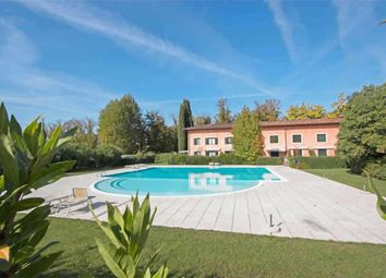 Thumbnail 1 bed apartment for sale in Via B. Buozzi, Sirmione, Brescia, Lombardy, Italy