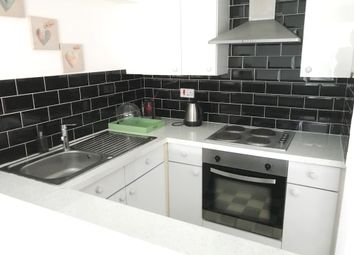 Thumbnail 1 bed flat to rent in North Acton, London