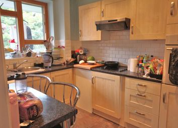 Thumbnail 4 bed flat to rent in Wakefield Street, Kings Cross, London