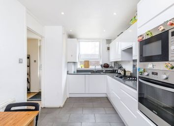 Thumbnail 3 bed flat for sale in Manningford Close, Clerkenwell