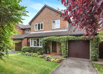 Thumbnail 4 bedroom detached house for sale in Copping Close, Croydon