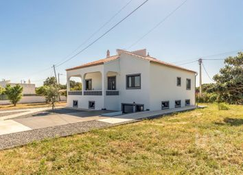 Thumbnail 3 bed detached house for sale in Porches, Lagoa (Algarve), Faro