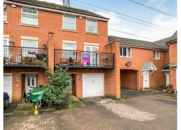 Thumbnail 4 bed town house for sale in Curlew Drive, Chippenham