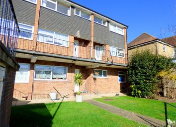 Thumbnail 2 bed flat to rent in Ditton Park Road, Langley, Berkshire