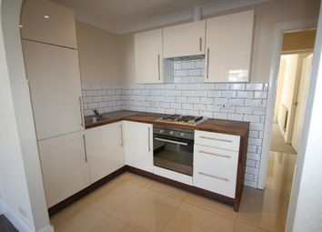 Thumbnail 2 bed flat to rent in De Vere Gardens, Ilford