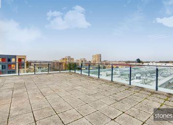 Thumbnail Flat to rent in Pent House, Edgware Green