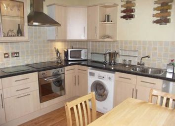 Thumbnail 2 bed flat to rent in High Street, Tring