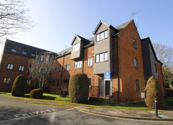 Thumbnail 2 bed flat to rent in Wratten Road East, Hitchin