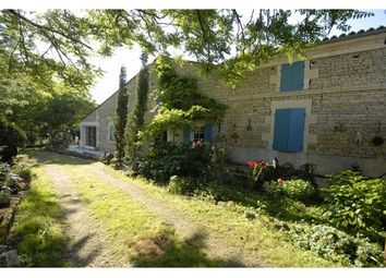 Thumbnail 4 bed property for sale in 17400, Saint-Jean-D'angély, Fr