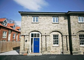 Thumbnail 2 bed town house to rent in High Street, Newmarket