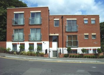 Thumbnail 1 bed flat for sale in Harvest Road, Englefield Green, Egham