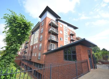 Thumbnail 2 bed flat for sale in New North Road, Exeter