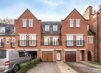 3 bed flat to rent in Boyes Crescent, London Colney, St.Albans AL2