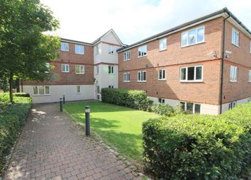 Thumbnail 2 bed flat for sale in Treetop Close, Luton, Bedfordshire