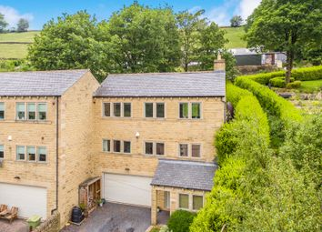 4 bed town house for sale in Arrunden, Holmfirth HD9