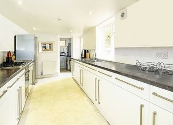 Thumbnail 6 bed shared accommodation to rent in Lansdowne Place, Hove