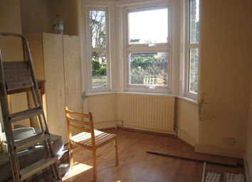 Thumbnail 3 bed flat to rent in Cavendish Road, London