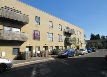 Thumbnail 2 bed flat to rent in Sweetbriar Avenue, Carshalton, Surrey