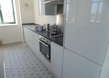 Thumbnail 1 bed flat to rent in Manor Row, Bradfordford