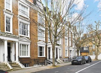 Thumbnail 2 bed flat for sale in Kempsford Gardens, Earl's Court