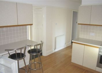 Thumbnail 2 bed flat to rent in Loddon Bridge Road, Woodley, Reading, Berkshire