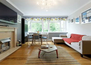 Thumbnail Serviced flat to rent in Greenwich High Road, London