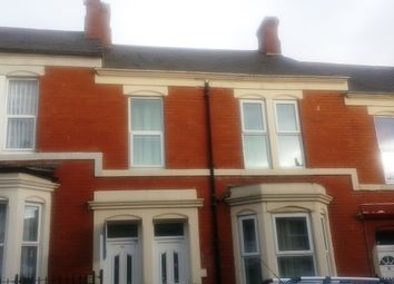 Thumbnail 3 bedroom flat to rent in Hampstead Road, Newcastle Upon Tyne