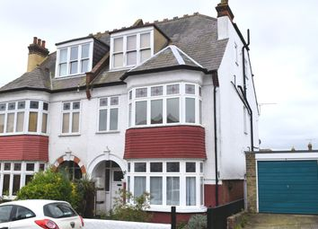 Queens Road, Leigh-On-Sea SS9. 2 bed flat