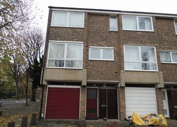 4 bed property to rent in Deena Close, Queens Drive, West Acton W3