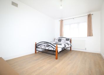 Thumbnail 6 bed terraced house to rent in Thackeray Road, London