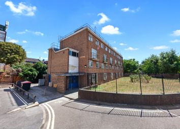 3 bed flat for sale in Warwick House, Portland Rise, London N4