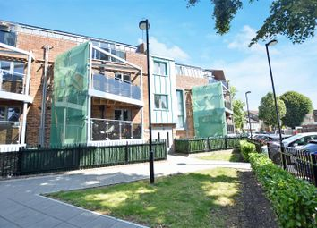 Thumbnail 2 bed flat for sale in Clifton Road, Isleworth