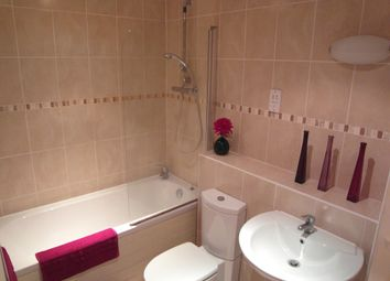 Thumbnail 2 bed flat to rent in Clayton Fold, Burnley