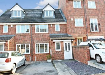 Thumbnail 3 bed town house for sale in Deans Court, Pontefract