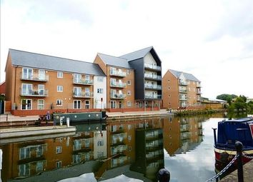 2 bed flat to rent in Cressy Quay, Chelmsford CM2