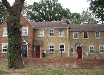Thumbnail 2 bedroom cottage to rent in Crown Road, Billericay