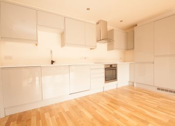 Thumbnail 2 bed flat to rent in Union Street, High Barnet