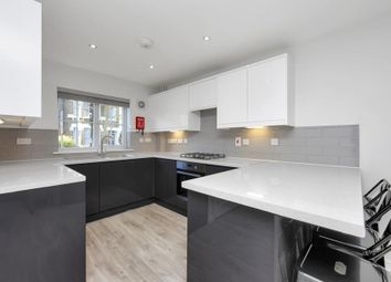 Thumbnail 4 bed town house to rent in Coleman Road, London